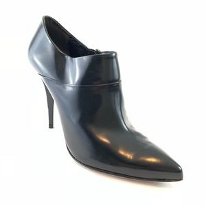 Prada Black booties patent leather size 39.5